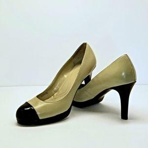 Tahari Laura heels size 7.5